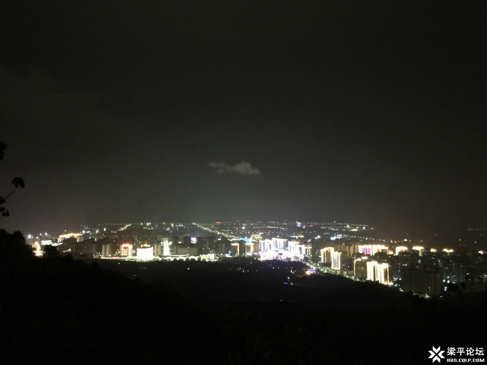 花园寨基站(点2)观梁平新城夜景1.jpg