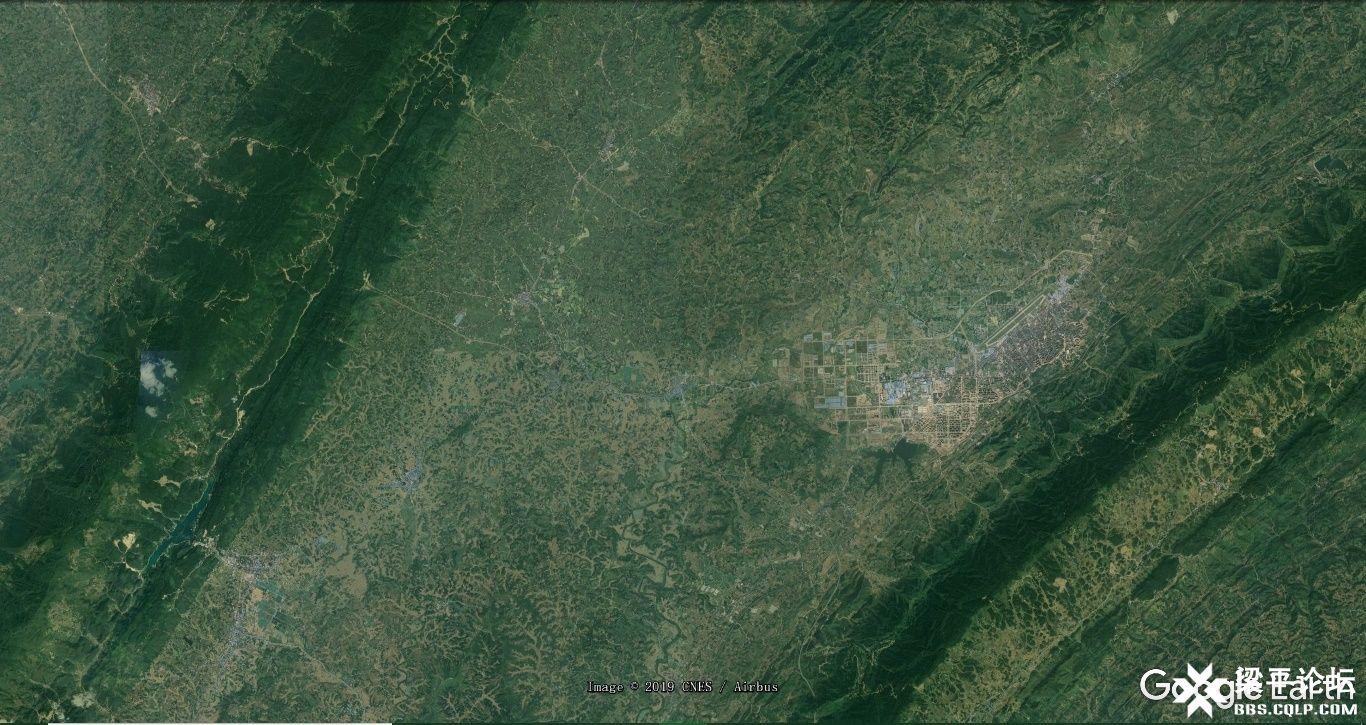 梁平区龙溪大道、龙溪湖及梁平西站位置示意图 2